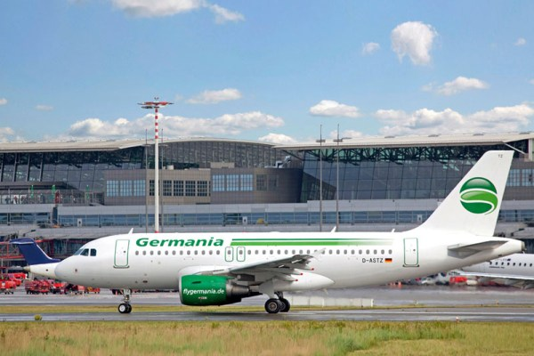 Airbus A319 der Germania (© Hamburg Airport)