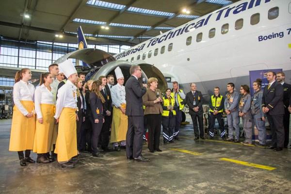 Treffen mit Auszubildenden (© Lufthansa)