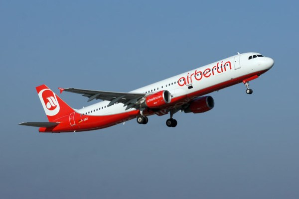 Air Berlin Airbus A321-200 (© O. Pritzkow)