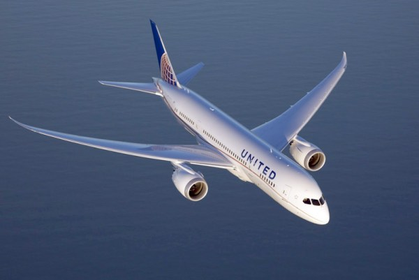 United Boeing 787 Dreamliner (© United)