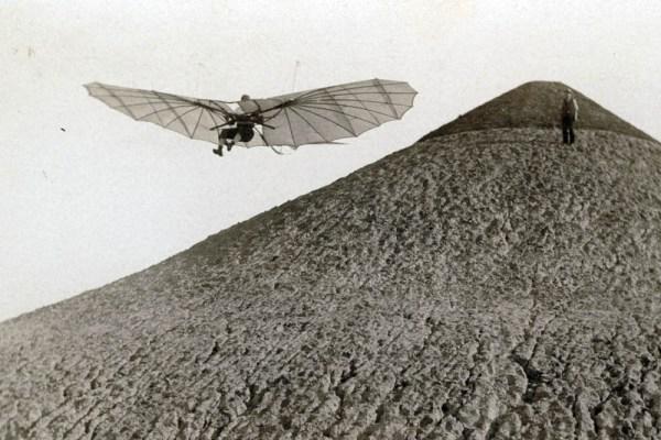 Lilienthal im Flug 1894 (© Lilienthal-Museum Anklam)