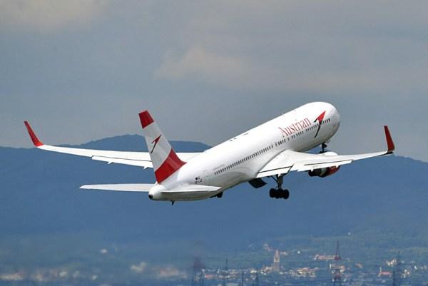 Start einer Boeing 767-300(WL) der Austrian Airlines (© AUA)