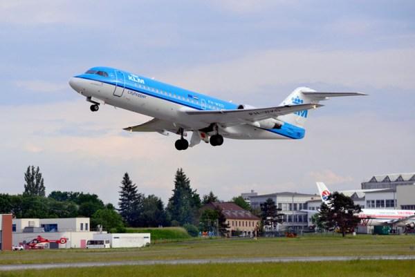 Start einer Fokker 70 der KLM in Dresden (© Dresden Airport)