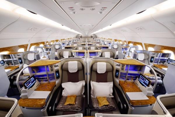 A380 Business Class (© Emirates)