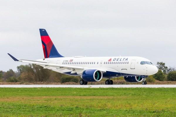 Airbus A220-100 in den Farben der Delta Air Lines (© Airbus)