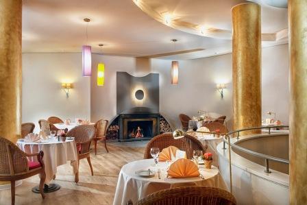 HAM21-restaurant2.high res