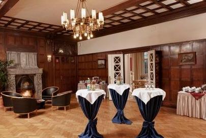 Grand City Schloss Hotel Schweinsburg