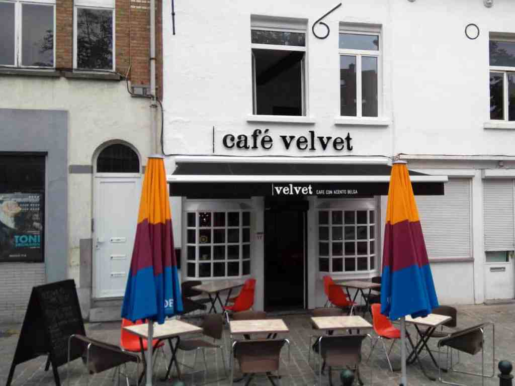 Cafe Velvet, Brussels, entrance