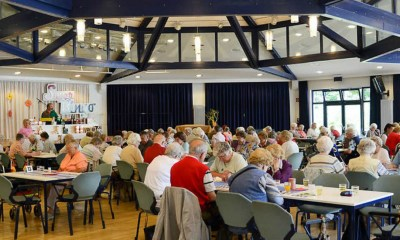 Bingo halls under threat as thousands of gambling grannies get online