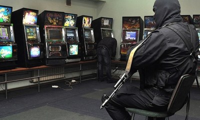 Russia arrests over 100 people for running illegal casinos