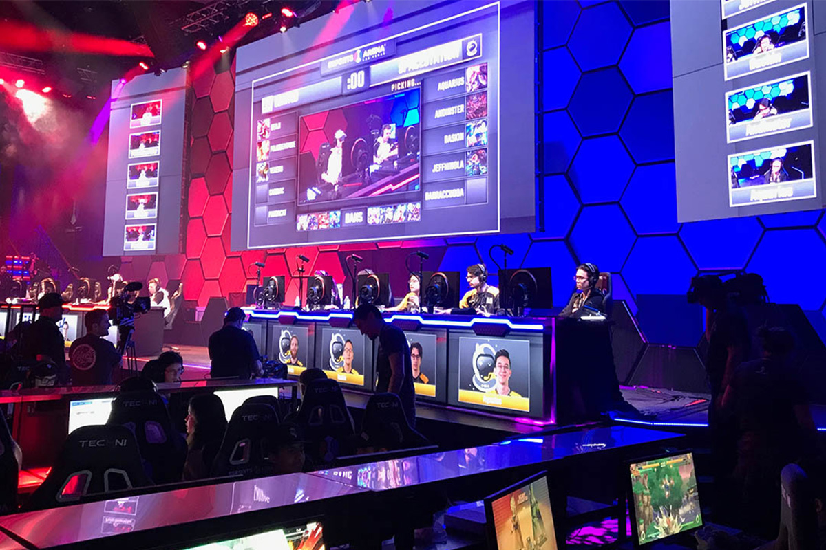 Esports Arena in Las Vegas gets Venue of the Year award