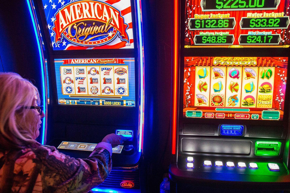 Chicago voters say yes to ban video gambling
