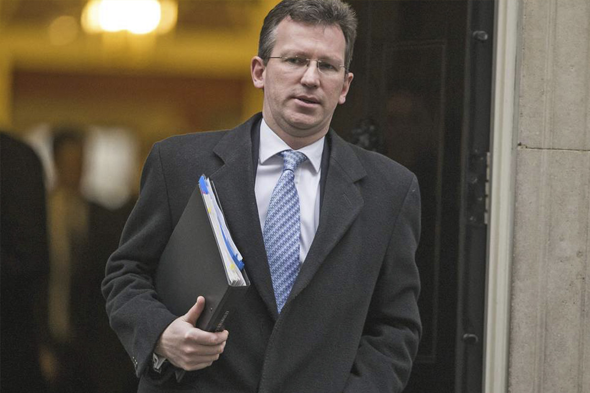 Jeremy Wright warns banks and bookies on credit card gambling