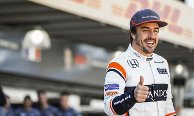 Fernando Alonso wrooms off an Esports team