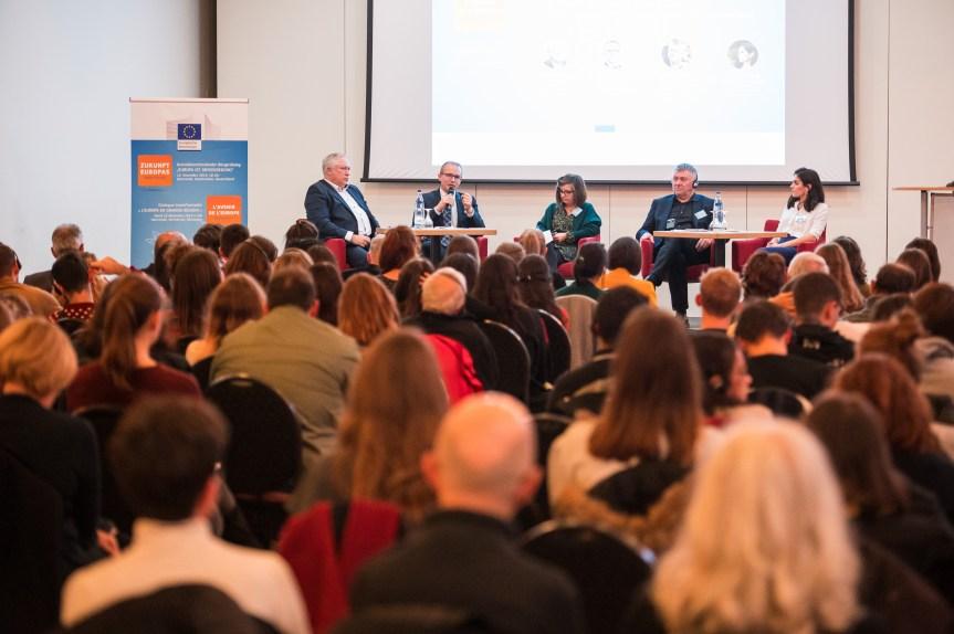 Retour sur le dialogue citoyen transfrontalier du 12 novembre à Sarrebruck!