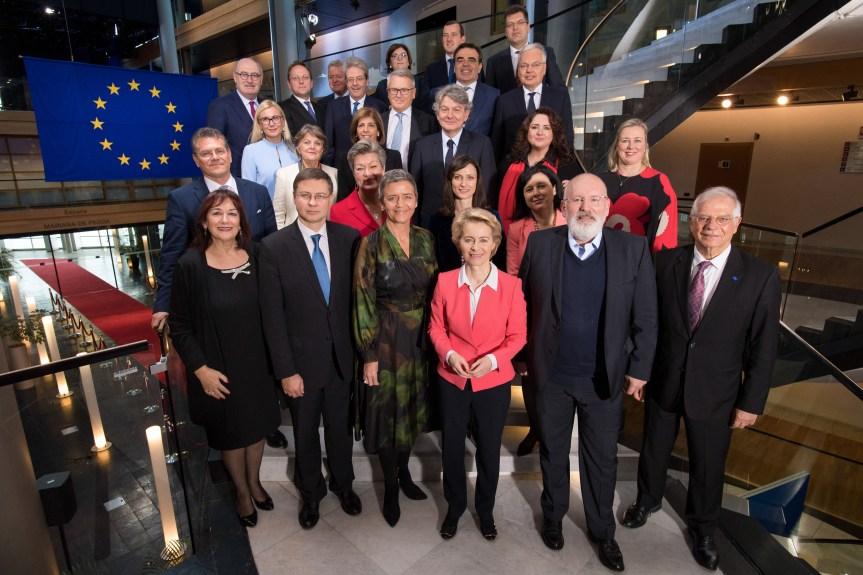 La nouvelle Commission d'Ursula von der Leyen approuvée par le Parlement européen