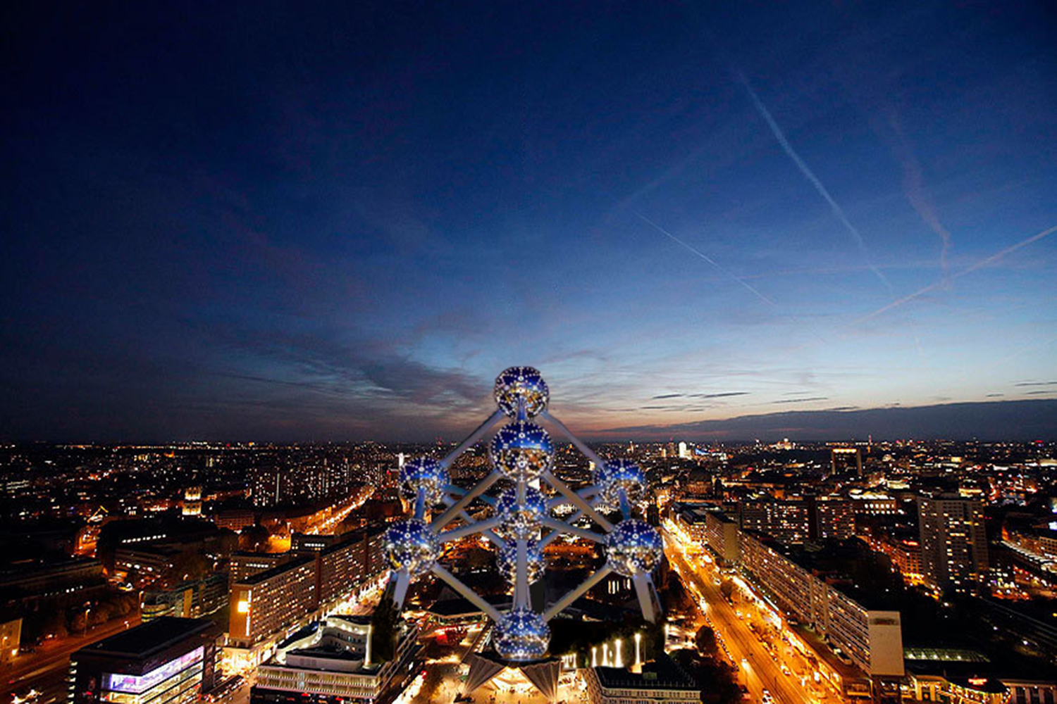 What if the Atomium were in Berlin