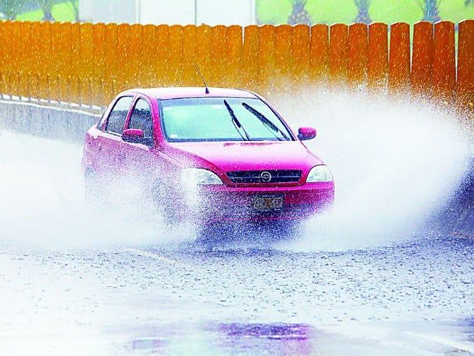 Tips para cuidar tu vehículo en temporada de lluvias
