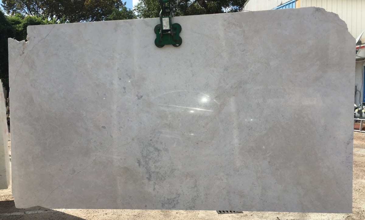French Vanilla semi-white marble slab Eurostone Houston