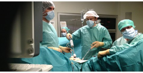 With the new DEX robot, laparoscopic operations are highly simplified.
