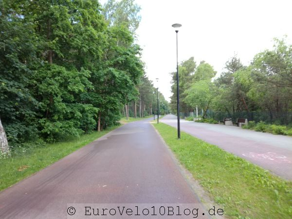 Toller Fahrradweg (links) in Gdansk