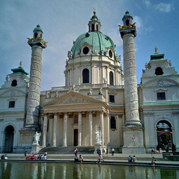 Iglesia San Carlos de Borromeo en Viena