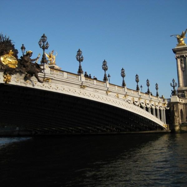 Puente Alejando III en París