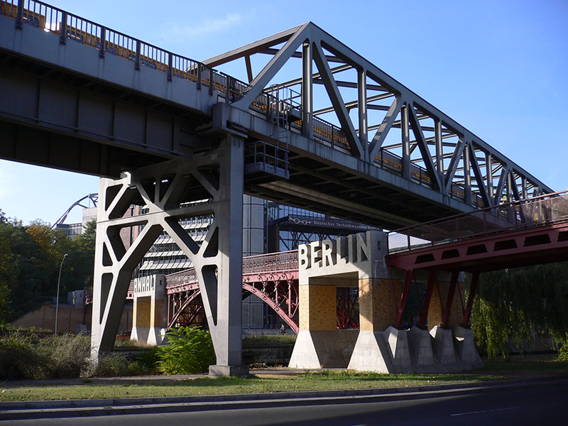 Anhalter Steg Bridge in Berlin