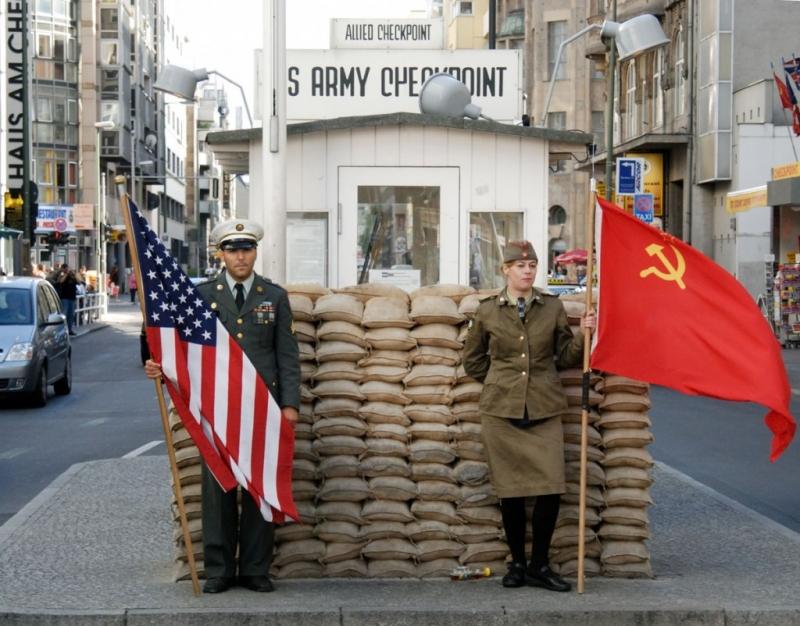 Checkpoint Charlie en Berlín