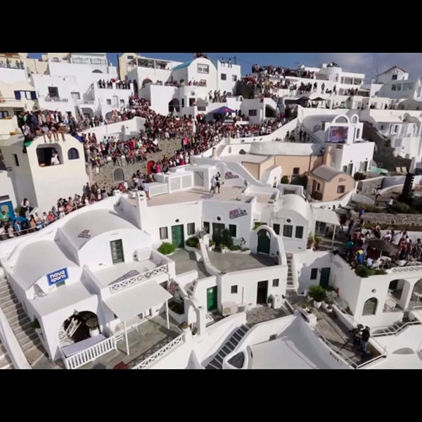 Santorini acoge nuevamente el Red Bull Art of Motion