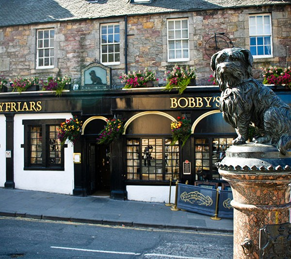 Estatua Greyfriars Bobby en Edimburgo