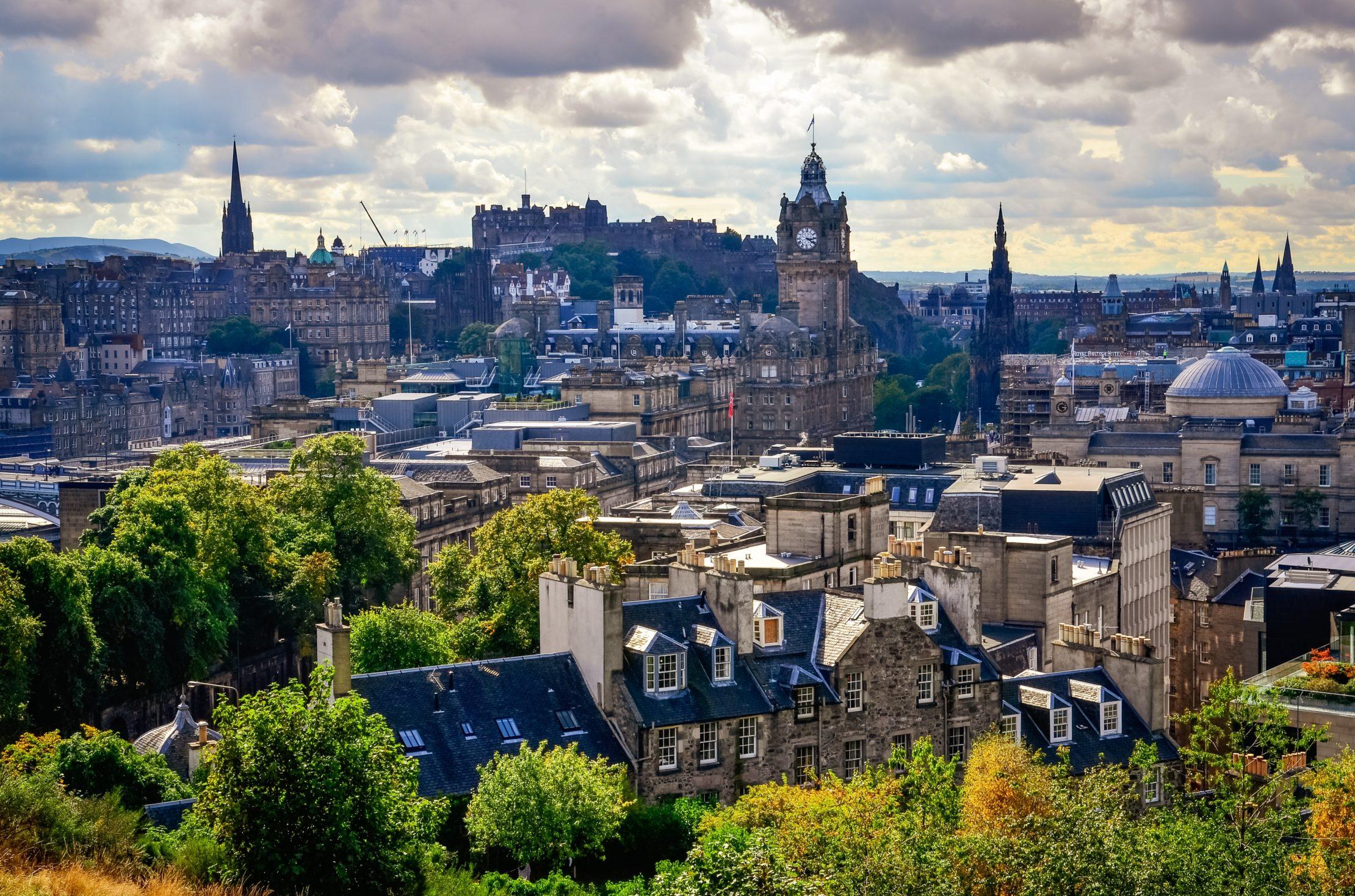 Viajar a Edimburgo y Motivos para visitar Edimburgo