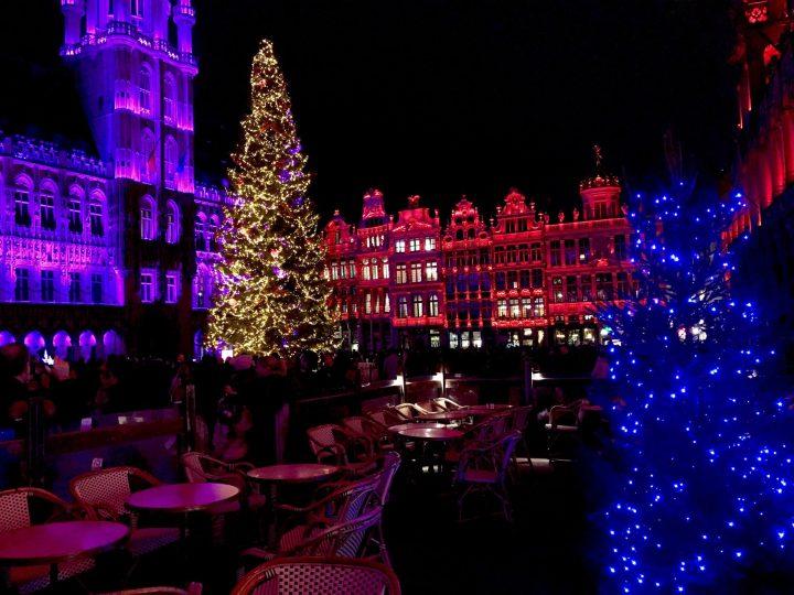 La Grand-Place en Bruselas es espactacular con las luces de Navidad