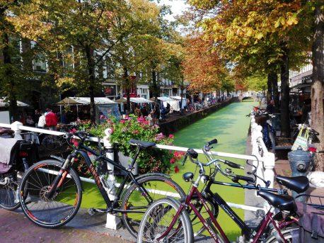 Flea market along the canals of Delft