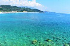 Mar espectacular en Livadhi, Albania