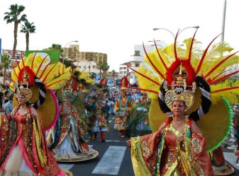 Elaborate costumes and fancy parades - Tenerife