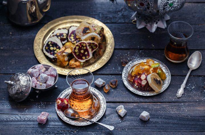 Té turco con Delicias Turcas - Lokum