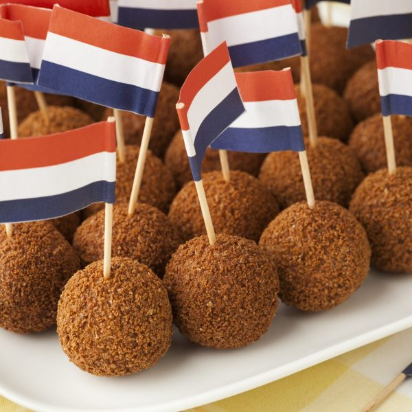 Typical Dutch Food – 25 Traditional Dishes & Desserts