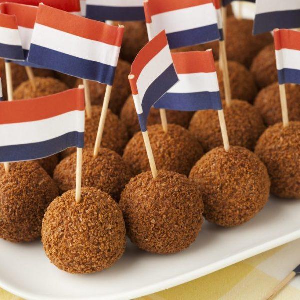 Comida Típica Holandesa – 25 Platos Tradicionales y Postres Holandeses