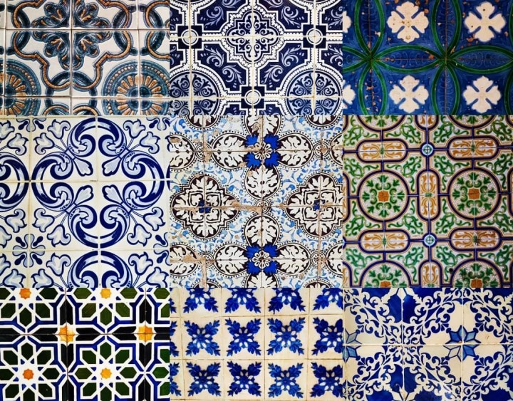 A selection of azulejos