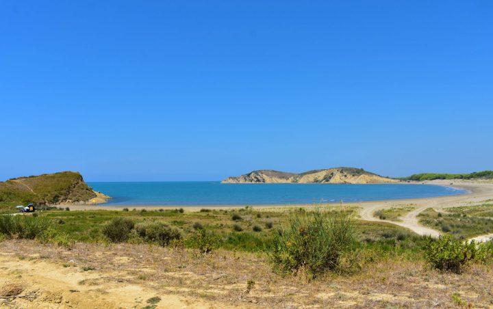 Laguna de Narta en Albania