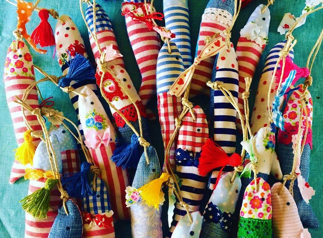 Souvenirs con forma de sardina en Lisboa