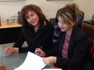 Amandine quitte Sony pour Warner
