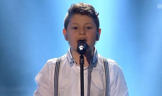"""Un petit suisse de 10 ans reprend la chanson de Conchita Wurst et gagne la finale de """"la Suisse a du talent """" Schweizer Talente 2015"""