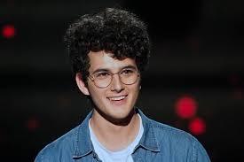 Swiss Music Portal: Gjon's tears, un jeune artiste surprenant et talentueux émerge dans The Voice France 2019 !