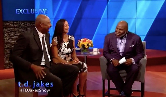 T D  Jakes' Daytime Talk Show Gets a Launch Date (Clips