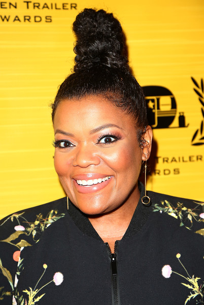 Actress Yvette Nicole Brown attends the 19th Annual Golden Trailer Awards at The Theatre at Ace Hotel on May 31, 2018 in Los Angeles, California.