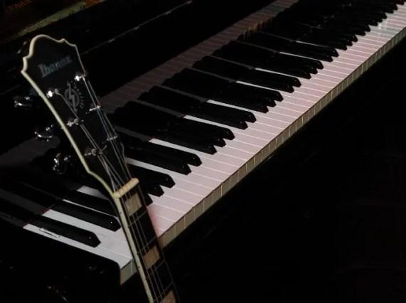 js floyd - piano optimized-qrys