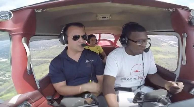 Chicago's Dunbar Vocational High School Launches New Aviation Training Program [VIDEO]