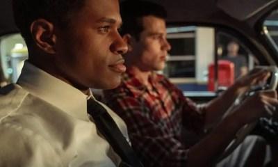 HOLLYWOOD - 2 men in car